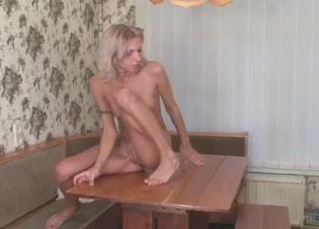 porno små bryster lesbiske piger